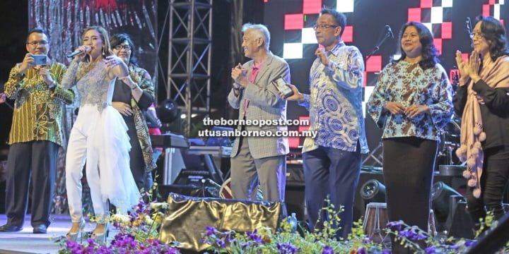 Local, Indonesian artistes deliver 'night of two cultures' at OKSHe